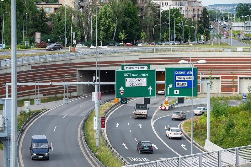 Projeli Jsme Tunelem Blanka Podivejte Se Jak Se Zmeni Doprava V